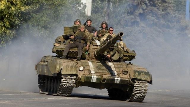 Quartz: Прежде чем вооружать Украину, ее нужно научить воевать