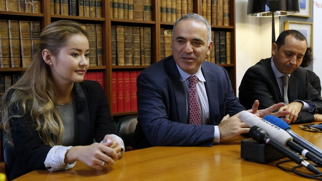 Каспаров: Франция не должна верить в справедливость российского суда