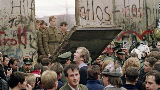 Le Monde: В отличие от России, Запад готов признать ошибки прошлого