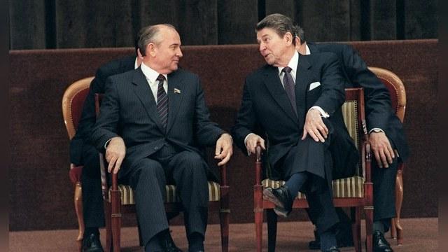 Telegraph: Запад покончит с Россией в стиле Рейгана