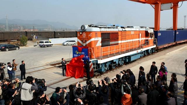 India Today: Китайский «Новый шелковый путь» побил русский Транссиб