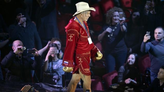 Times: Микки Рурк вышел на ринг ради Путина