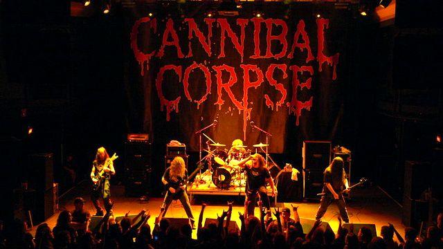В России запретили жестокие тексты метал-группы Cannibal Corpse