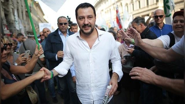 Итальянский политик: Торговая война с Россией губит Европу