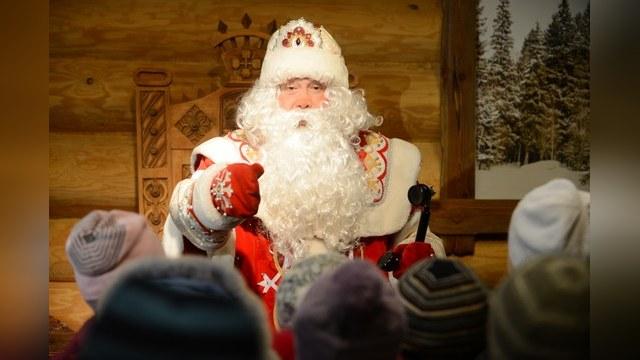 Киев «обесточил» Деда Мороза, собравшегося поздравить крымчан