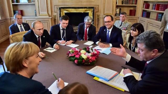 WSJ: Евросоюз переходит от давления на Россию к диалогу