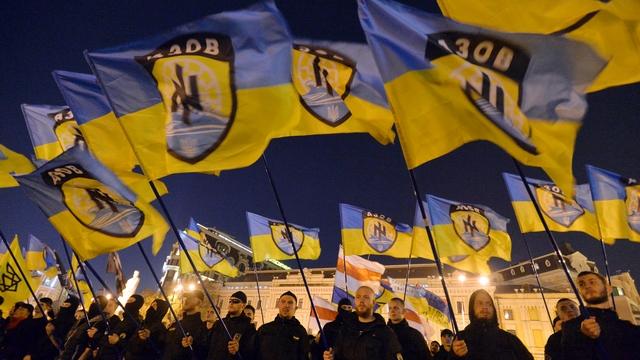 Немецкий публицист: Фашисты Киева немногим хуже националистов Донбасса
