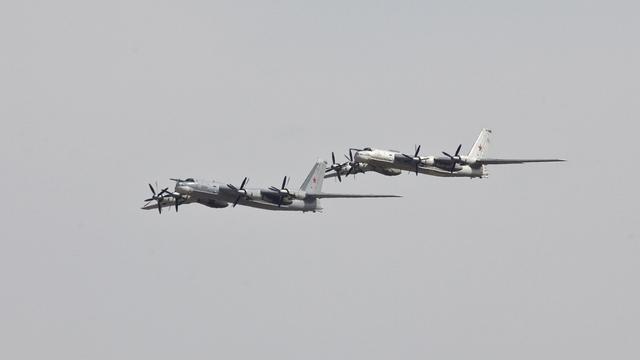 Guardian: Аналитики связали полет ТУ-95 над Ла-Маншем с делом Литвиненко