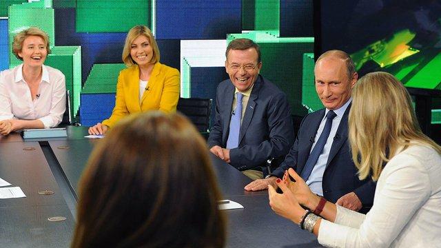 Observer: Как кремлевское ТВ освещает Америку и стоит ли нам волноваться?