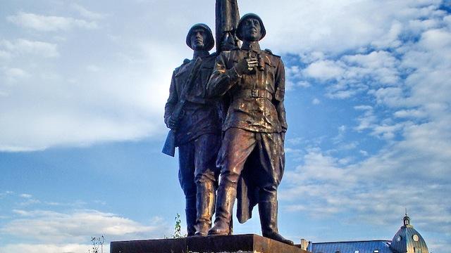 GW: Литве не удается победить советские памятники