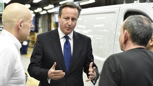 Кэмерон пригрозил России проблемами, а британскому бизнесу - убытками