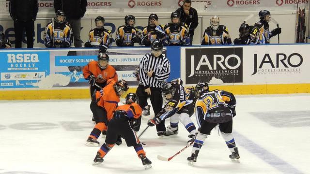 Юные хоккеисты из России разозлили канадцев своим поведением