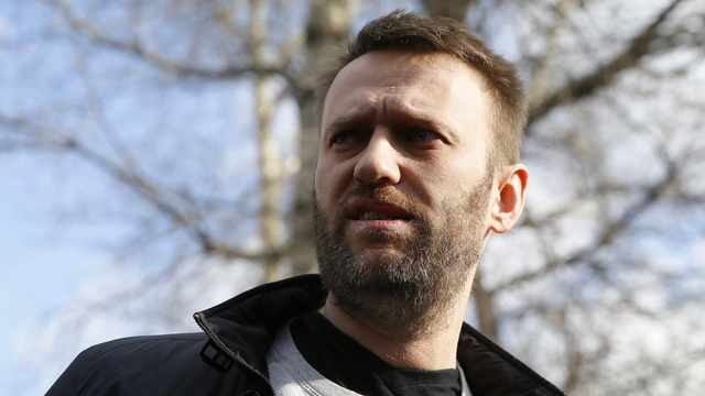Навальный: Путин в  России уже мешает многим, но они трусят и молчат