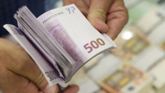 Rzeczpospolita: Путин расколол Европу и «заразил» коррупцией
