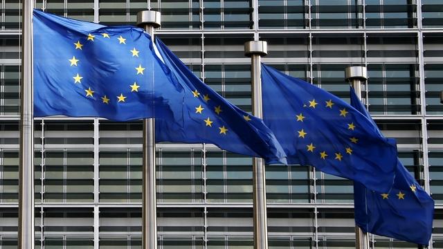 Bloomberg: Семь европейских стран бросят вызов антироссийским санкциям