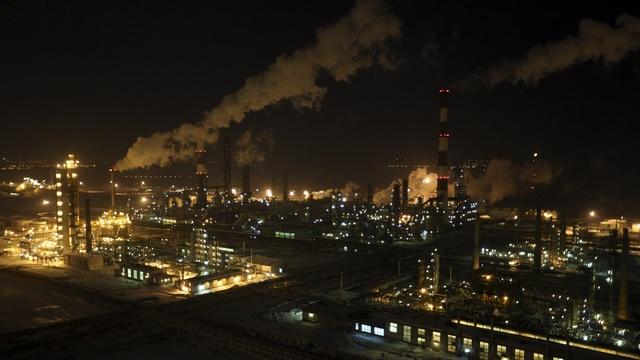 CNBC: Мир не может обойтись без российской нефти