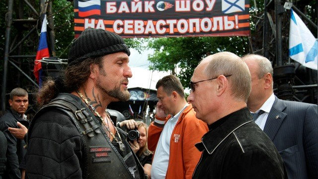 Telegraph: В том, что «Крым наш», Путина убедил Хирург