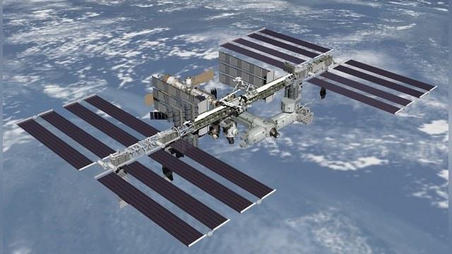 Independent: Потерю астронавтов Роскосмос возместит туристами