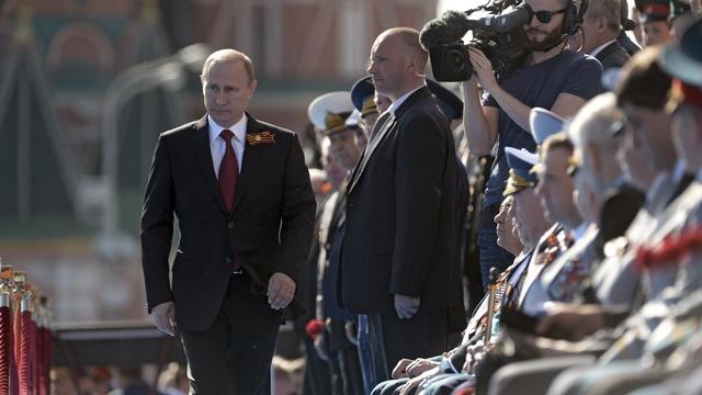 Le Temps: Как поздравить россиян с Днем Победы и не польстить Путину?