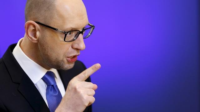 Яценюк в Берлине: Украина защищает Европу