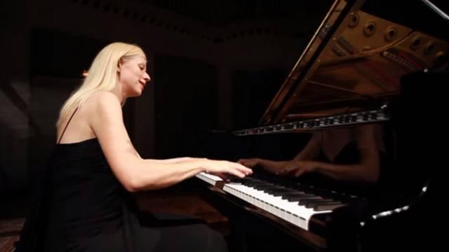 Канадский оркестр отказался от пианистки за «антиукраинские» взгляды