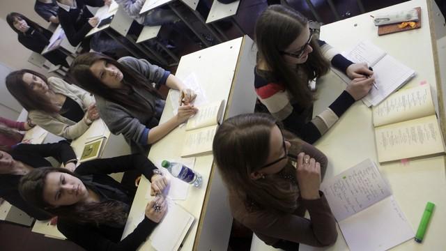 Латвийский омбудсмен: Государство не обязано содержать русские школы