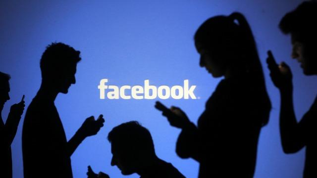 Сообщения российского канала RT об убийстве в Южной Каролине опережают «Голос Америки» по количеству «лайков» в сети Facebook: 1500 против 1