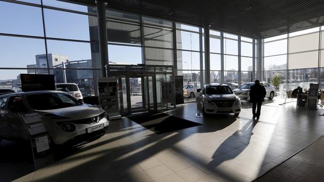 CNBC: Российский автомобильный рынок падает, но потеряно еще не все