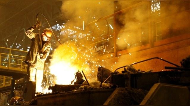 Time: Разорвать отношения с «соседом-агрессором» Украине мешает экономика