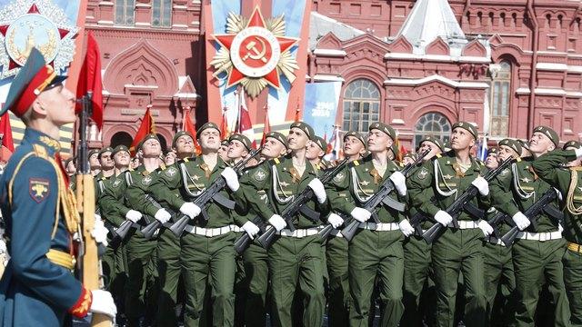 NZZ: Берн озадачен «щекотливыми приглашениями» Москвы и Киева