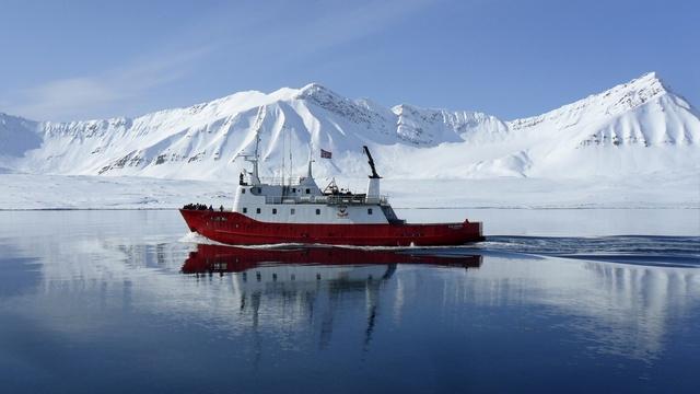 Большинство стран Арктики предпочитают с Россией сотрудничать, а не спорить