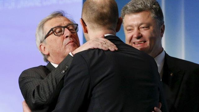 Яценюк пообещал, что через 10 лет Порошенко возглавит Евросоюз