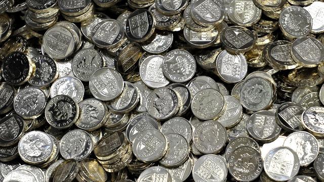 Times: Бегство российского капитала бьет по британской валюте