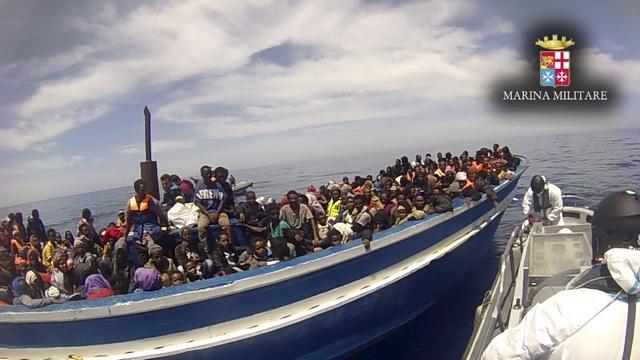 FT: Москва помешала ЕС решить проблему мигрантов военными ударами