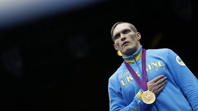 Украинский боксер ошеломил фанатов звездой и георгиевской лентой