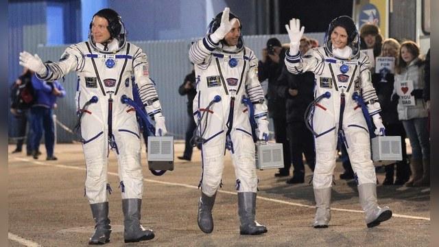 После аварии «Прогресса» Роскосмос перенес на месяц посадку экипажа МКС