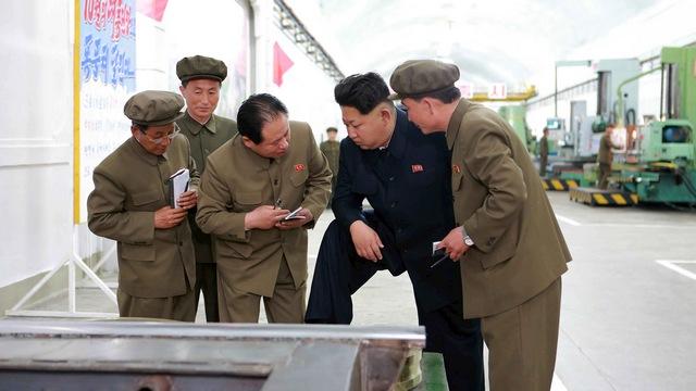 Sankei: Северокорейского министра расстреляли за «разговорчики» в России