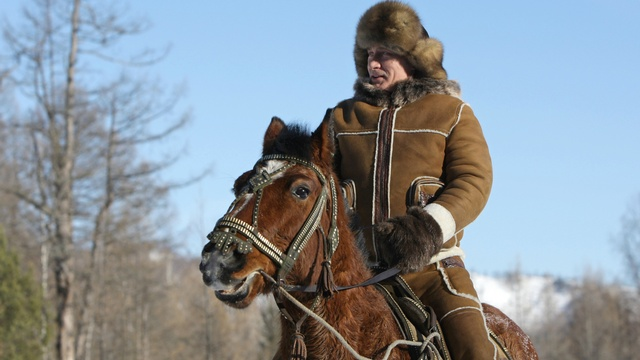 BV: Как бы Запад ни старался выбить Россию из седла, она все равно на коне