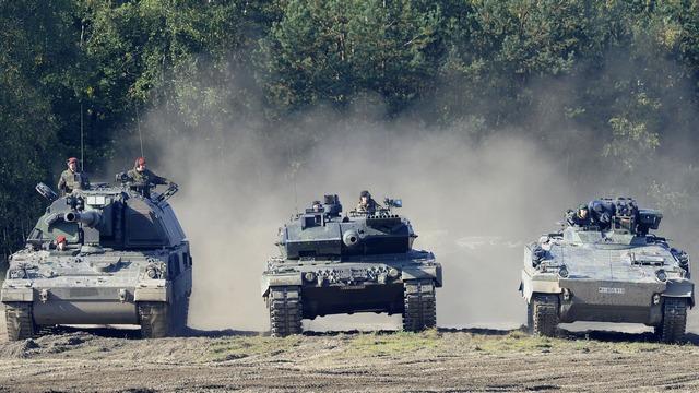 Die Welt: Германия и Франция «устрашат» Путина новыми танками