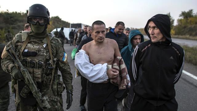 AI: Знать о пытках пленных и все равно поддерживать Киев - это катастрофа