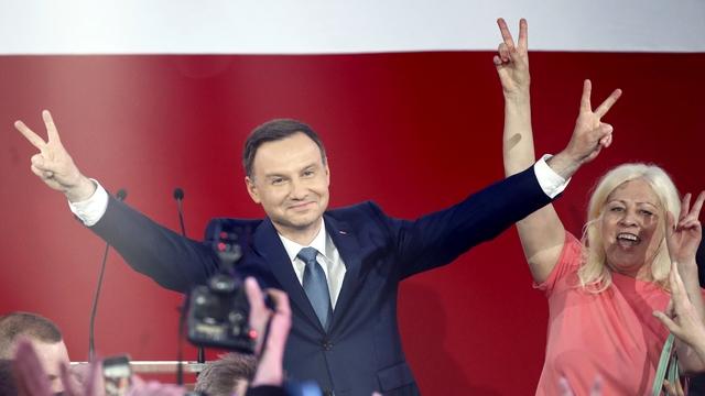Politico: С новым президентом Варшава охладеет к Берлину и помирится с Москвой