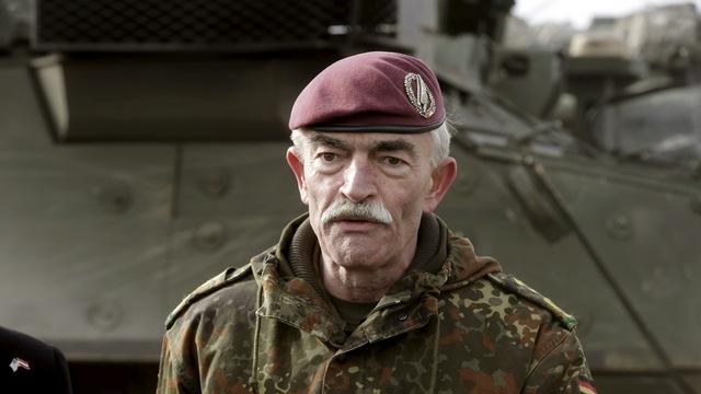 Генерал НАТО: Россия - еще не враг, но уже угроза