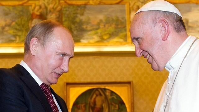 Le Figaro: Папа Римский обсудит с Путиным, как помирить украинцев