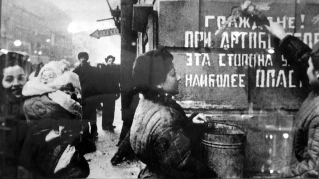 Times: Пережить блокаду ленинградцам помогли гены