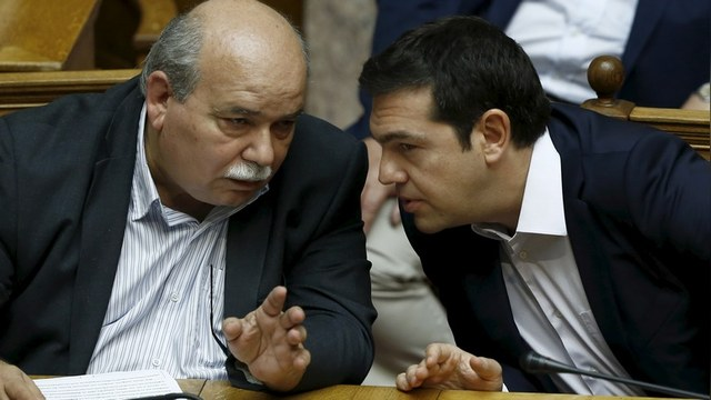 Пол Крейг Робертс: Греция способна спасти мир от третьей мировой