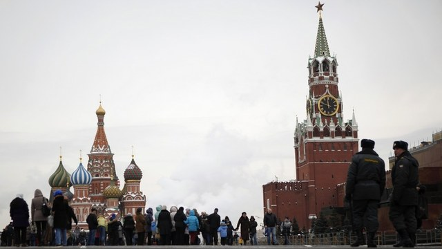 NRZ: Владислав Иноземцев подсказал Западу, как победить Россию