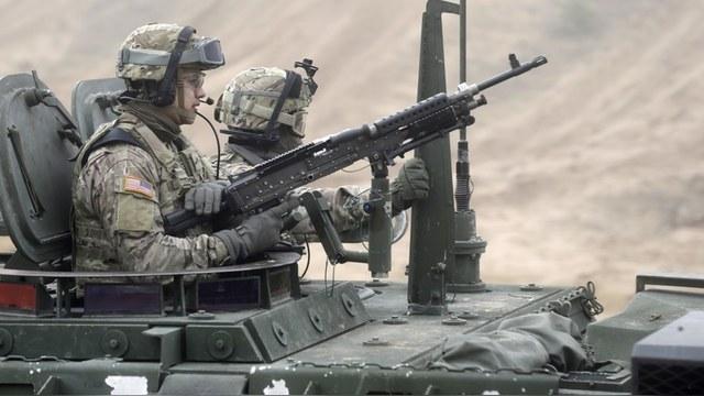 BV: США воспользовались ельцинским хаосом, чтобы подойти к границе России