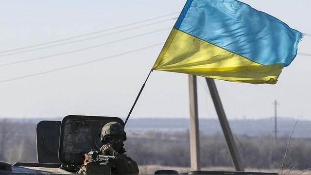 Пьяные украинские военные избили женщину с ребенком