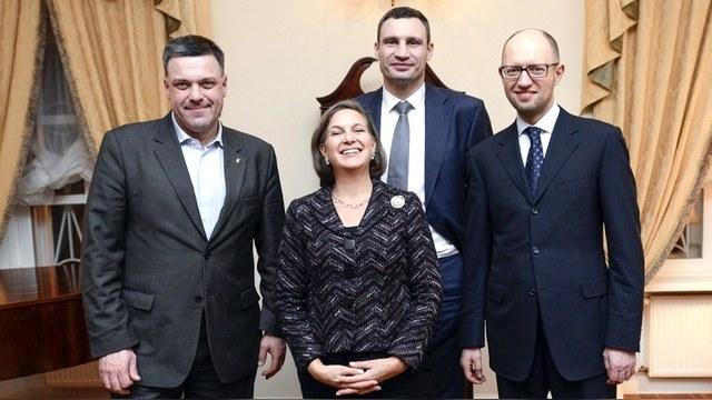 Consortiumnews: Подъемом неонацизма Украина обязана «печенькам» Нуланд