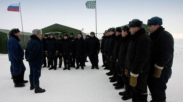 «Зеленые человечки» освободят Арктику от мусора